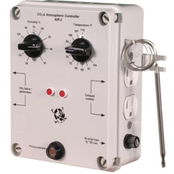 Atmosphere / CO2 Controller, Temp & Humidity w/photocell, 15-Amp @ 120vac
