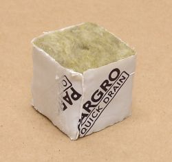 "Pargro Rockwool 1.5""x1.5""x1.5"" Starter Cube, Bag of 45"